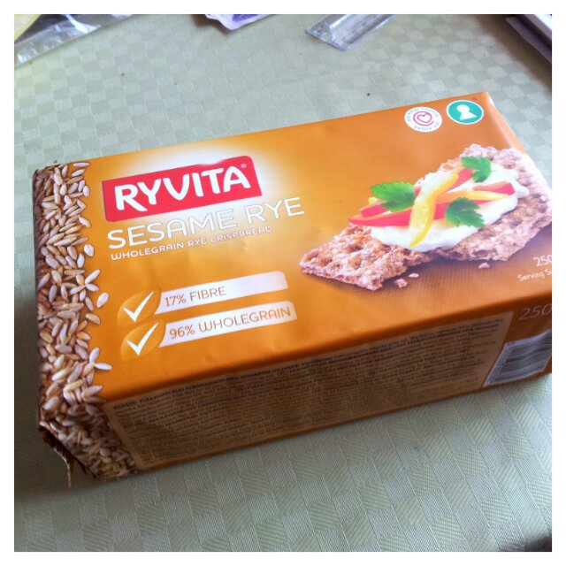 Riktigt gott knäckebröd är Ryvita Sesam råg fullkorn