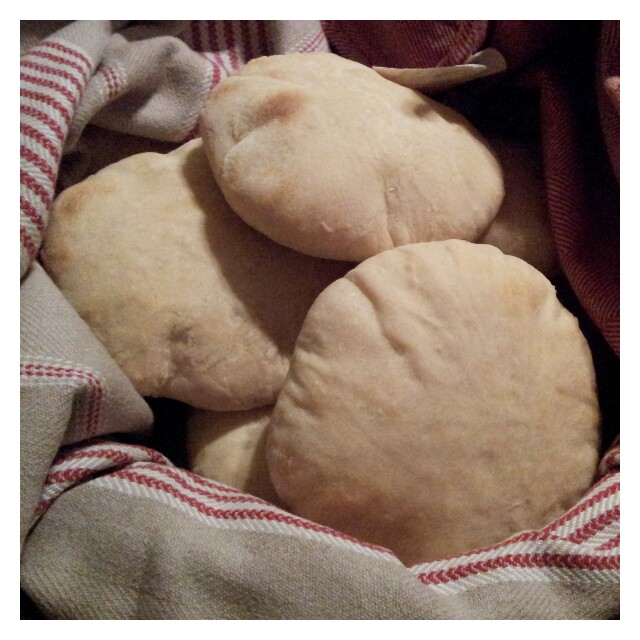 Laktosfria pitabröd