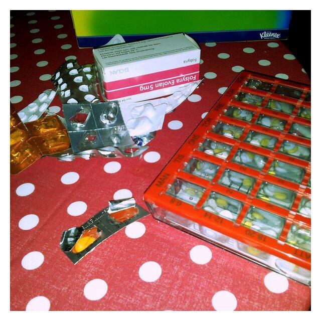 Fyllt på dosetten med piller