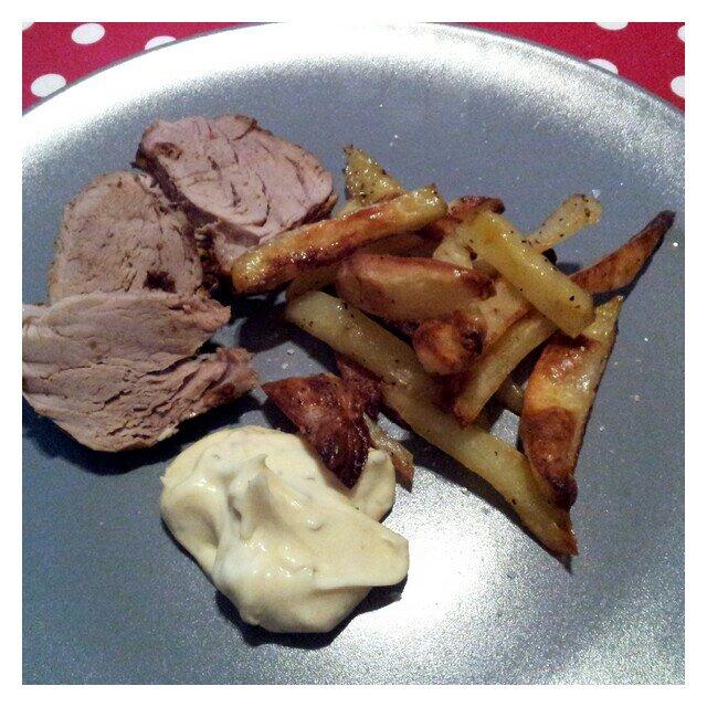 Marinerad fläskfile med rostad potatis, vitlöks bea från Lohmanders