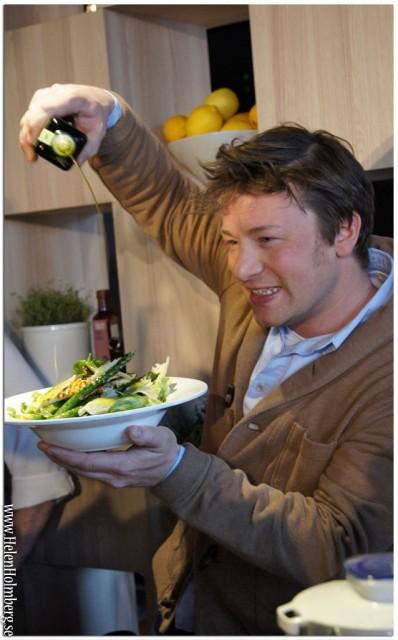 Jamie Oliver lagar mat på Scandic hotell, Stockholm 2013