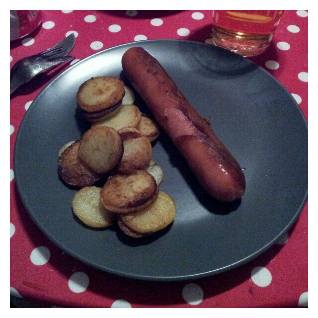 Stekt korv och färsk potatis