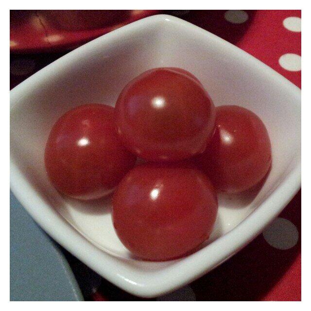 Inga stekta gröna tomater men väl härligt röda små tomater