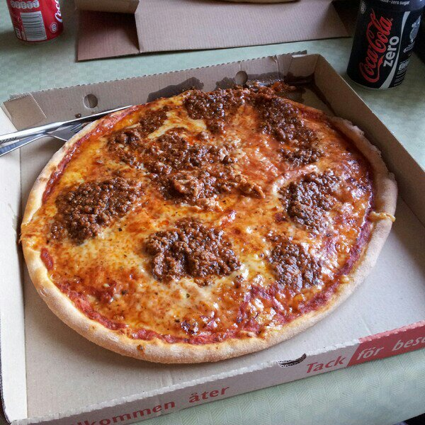 Min pizza, en bolognese (köttfärssås)