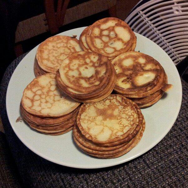 Plättar, små laktosfria pannkakor