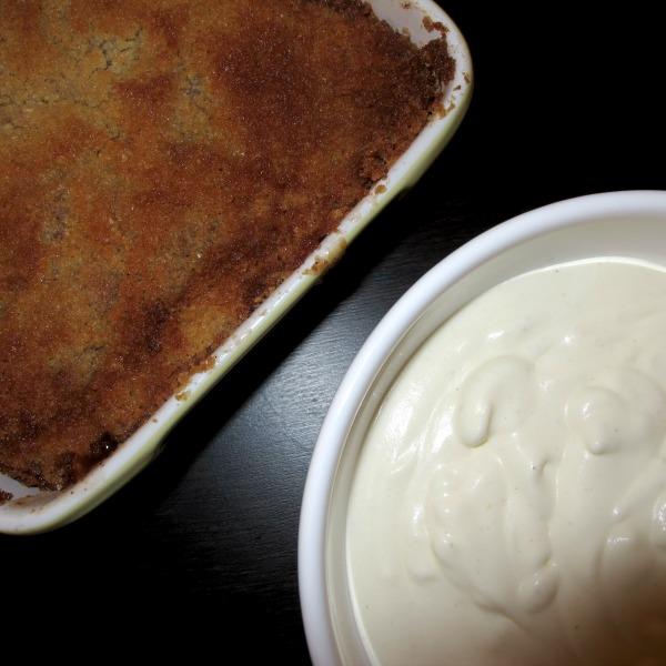 Laktosfri Skånsk äpplekaka med hemlagad vaniljvisp