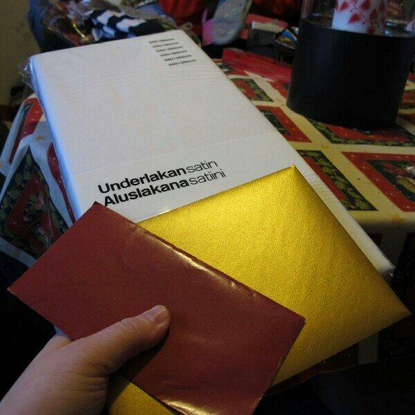 Presentkort på bio & satin underlakan i julklappar