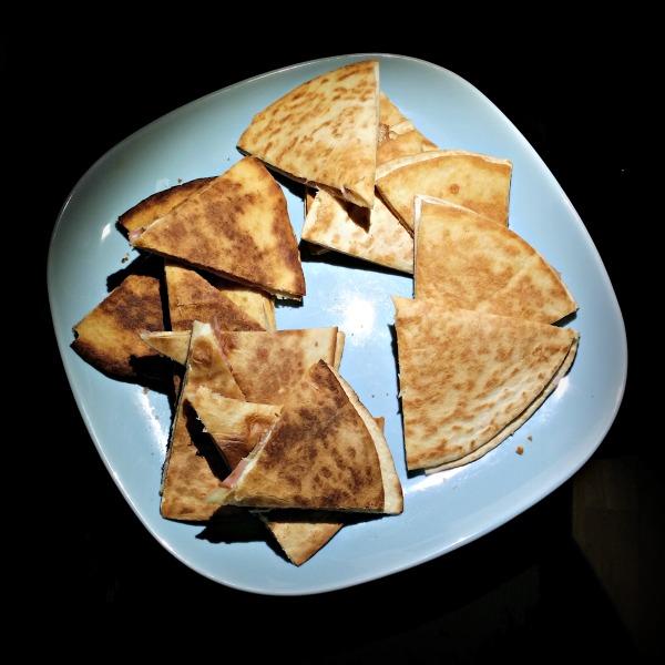 Quesadillas med ost och skinka
