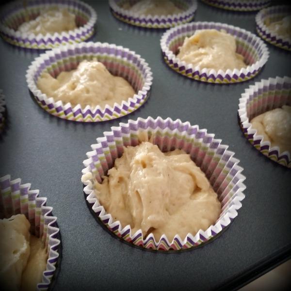 Obakade laktosfria hastbullar med smak av kardemumma