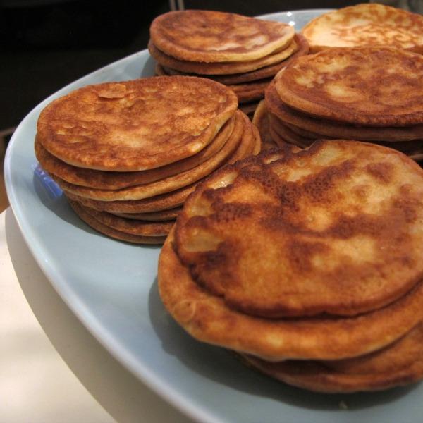 Laktosfria små plättar (pannkakor)