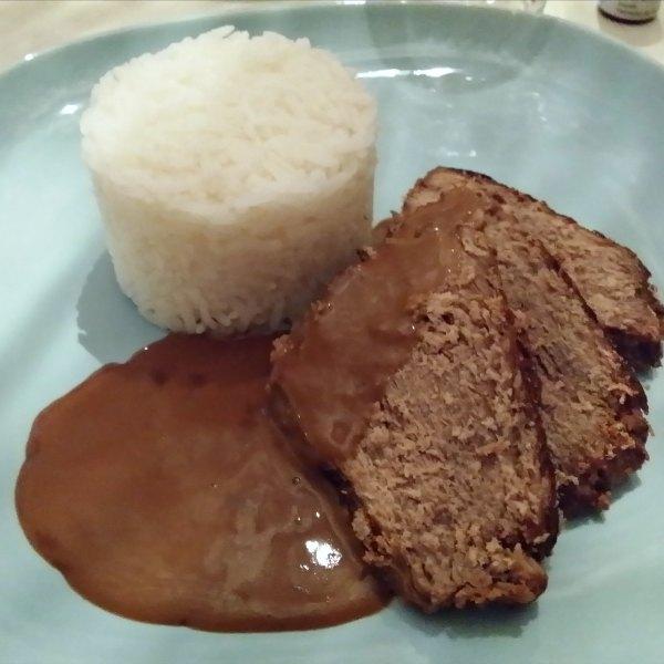 Laktosfri slottstek med kokt ris och sås