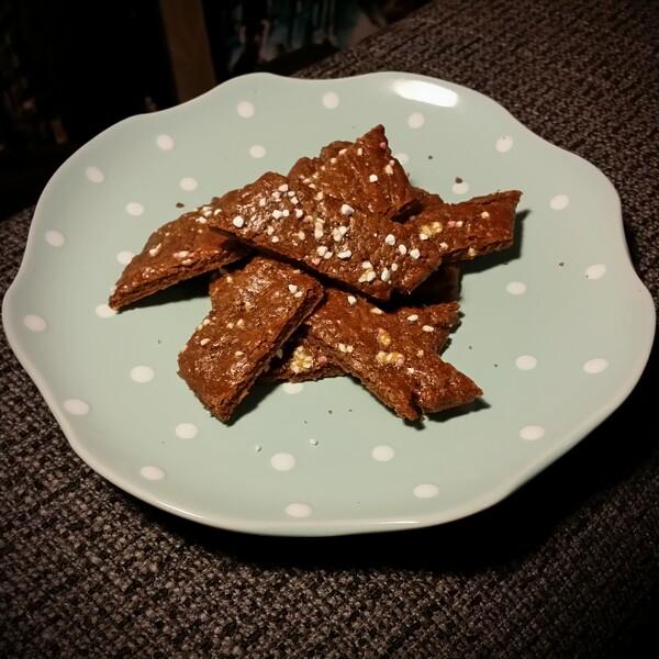 Laktosfria småkakor, laktos fria skurna chokladbröd, chokladkakor