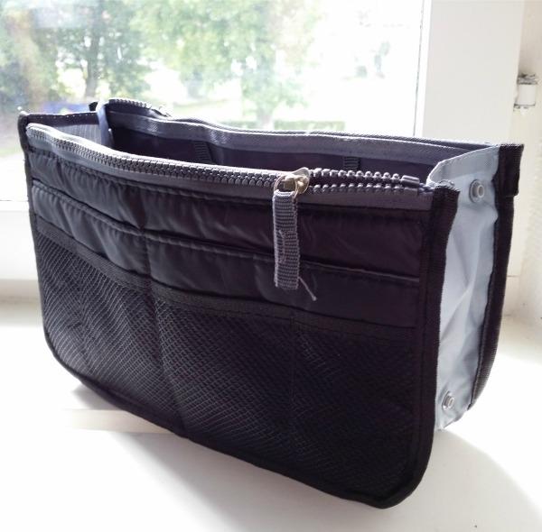 Väskinsats för att organisera handväskan