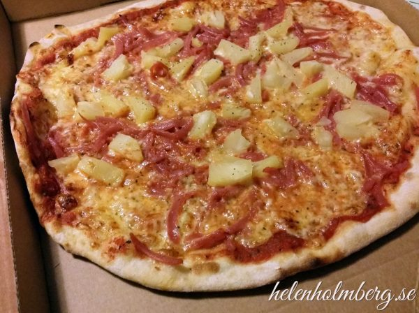 Pizza Hawaii till lördags middag
