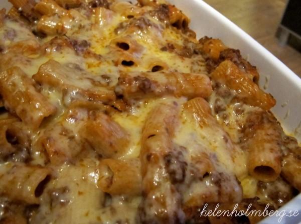 Pasta bolognese gratäng