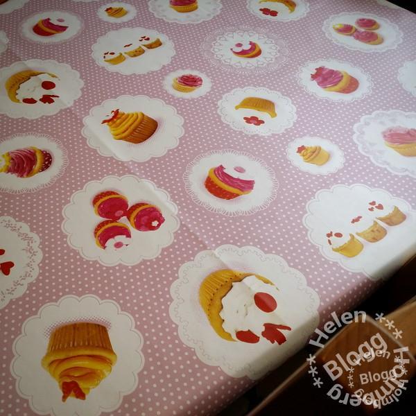 Prickig cupcake vaxduk från Ica Maxi i Hyllinge