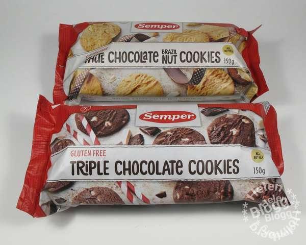 glutenfria marknaden, en triple chocolate cookies (trippel choklad småkaka) och white chocolate brazil nut cookies (vit choklad & brazil nöt småkakor).