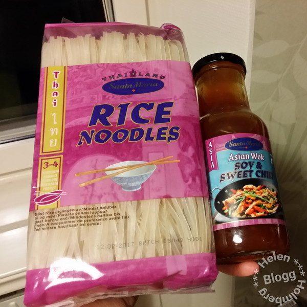 Santa Maria risnudlar och Asian wok sås Sweet chili & soya