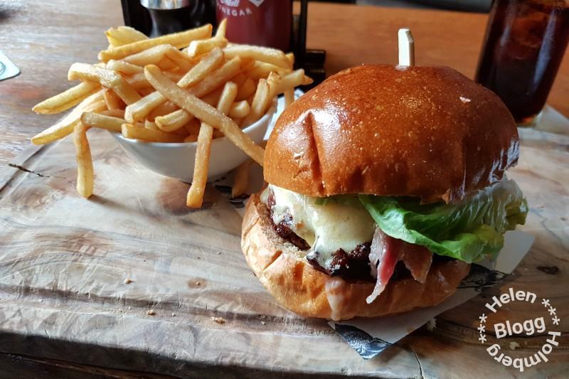 Lunch på Blue Boar in London