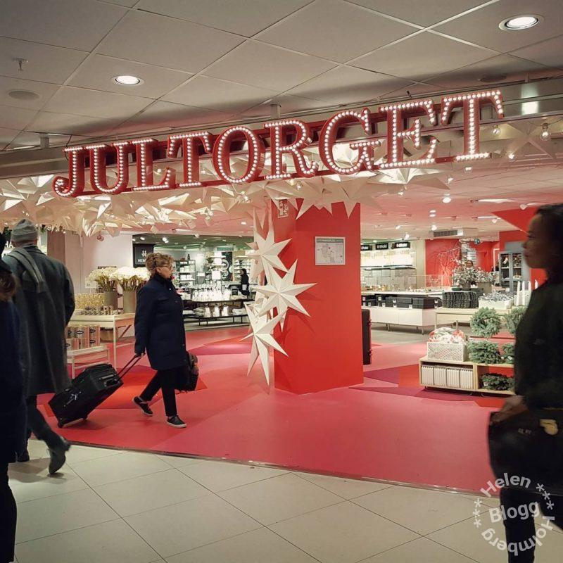 Jultorget på Åhlens City Stockholm, oktober 2017
