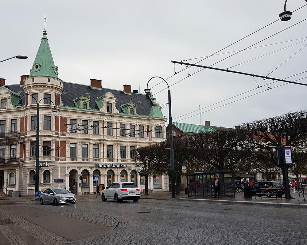 Helen J Holmberg på middagsdejt på Mamma Teresa i Landskrona